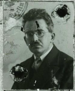 Walter Benjamin rundt 1928. Foto: Wiki commons