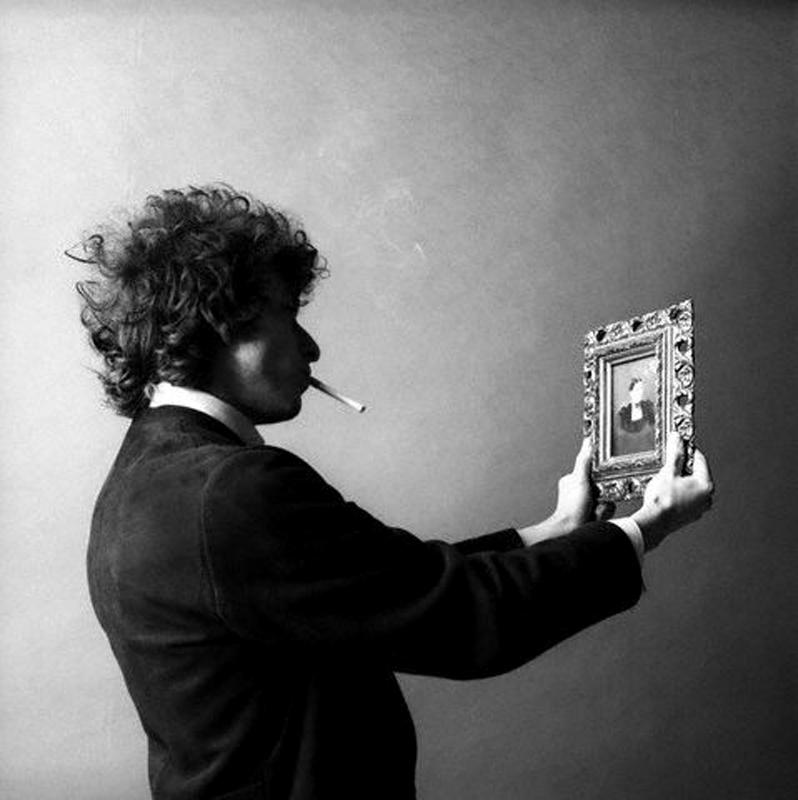 Bob Dylan fotografert av Jerry Schatzberg i 1965. Fra Thin Wild Mercury: Touching Dylan's Edge utgitt av Genesis Publishing 2012.