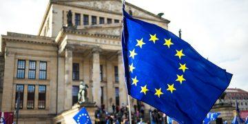 Europa sitter i fella